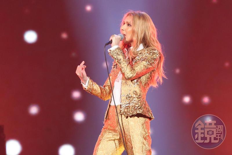 席琳狄翁唱了30年、擁有不少能引起全場合唱的曲目。