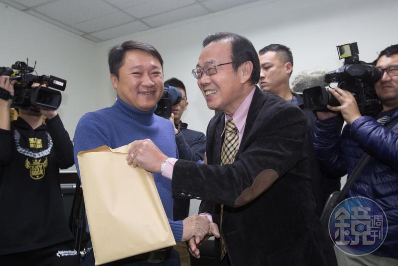 從初選就擔任國民黨台北市長參選人丁守中總幹事的前台北市黨部主委潘家森(前),日前因與內部意見不同已離開。