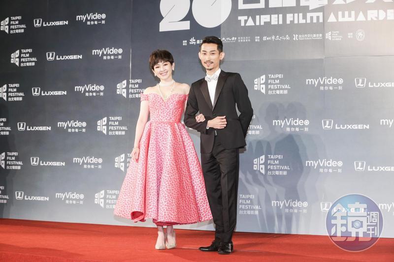 蔡燦得(左)第一次與陳竹昇搭檔主持,感覺新鮮。