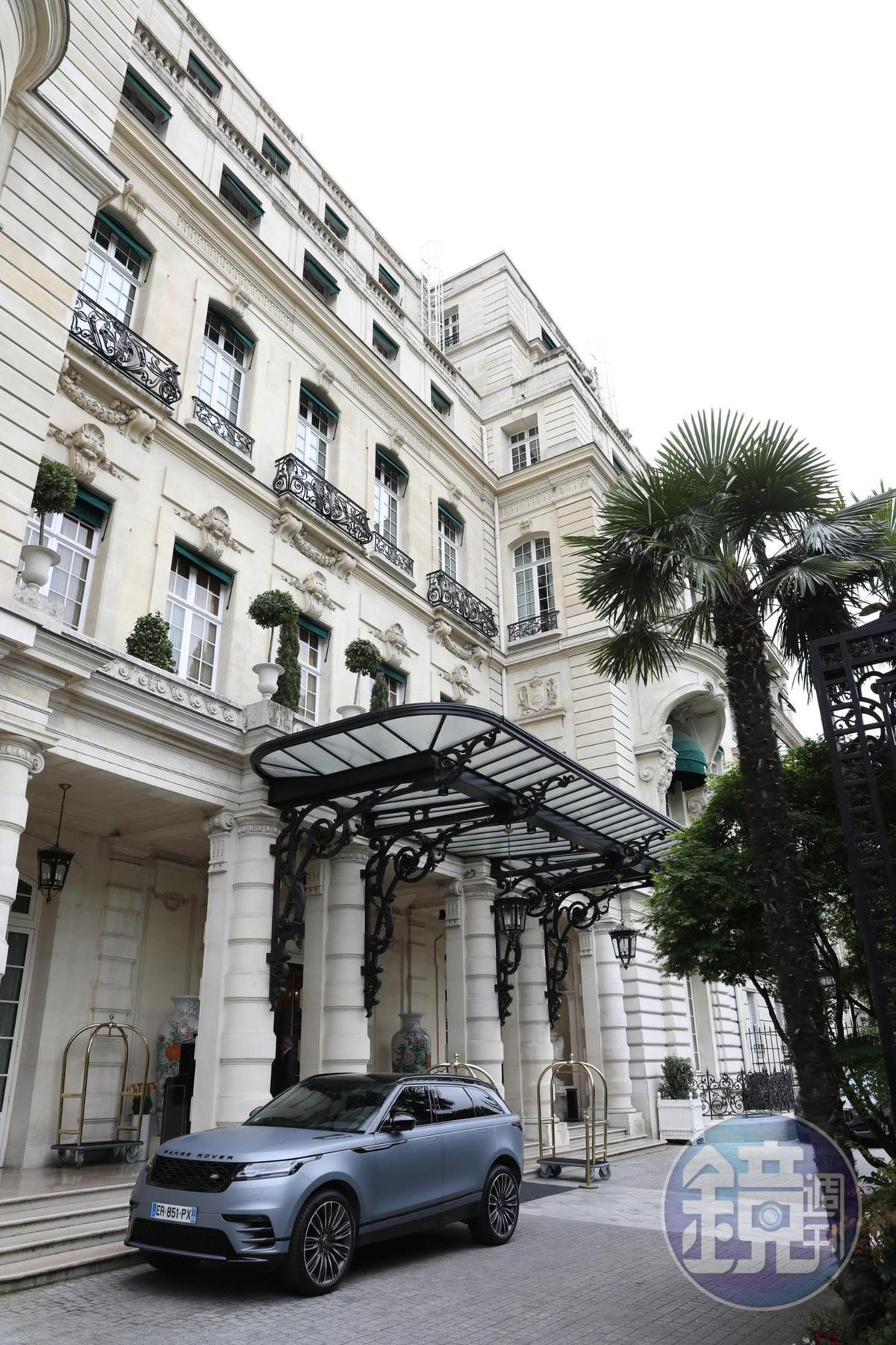 這棟白色豪宅曾是拿破崙姪孫Prince Roland Bonaparte的私人宅邸。