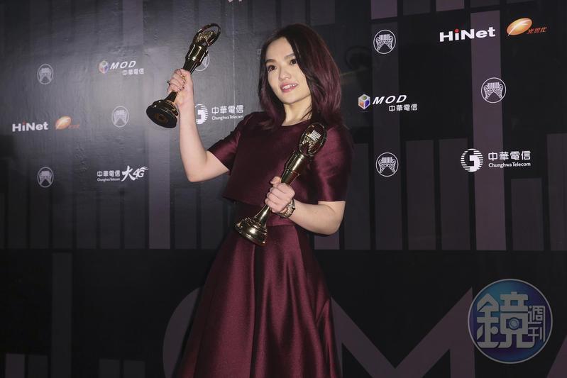 金曲歌后徐佳瑩,因為表達支持同婚立場,被反同基督徒傳訊抨擊。