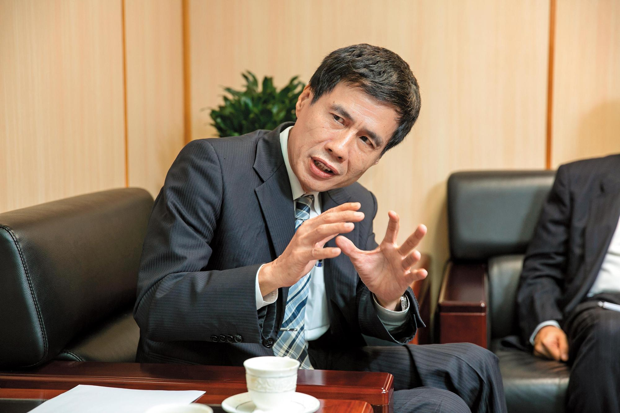 合作金庫銀行總經理黃伯川表示,以房養老的特色是可以讓不動產變成「動產」。