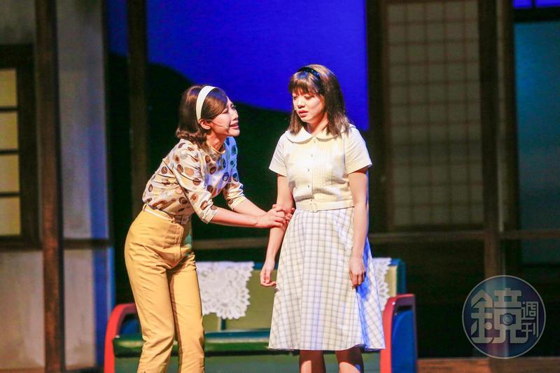 方宥心(左)與林雨宣在音樂劇《再會吧 北投》飾演姐妹淘,兩人私下也是好姐妹。
