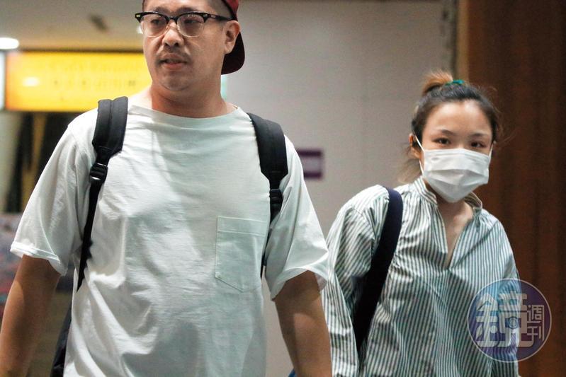 徐佳瑩(右)和李伯恩曾有過一段情,但現在她和MV導演比爾賈(左)交往穩定。