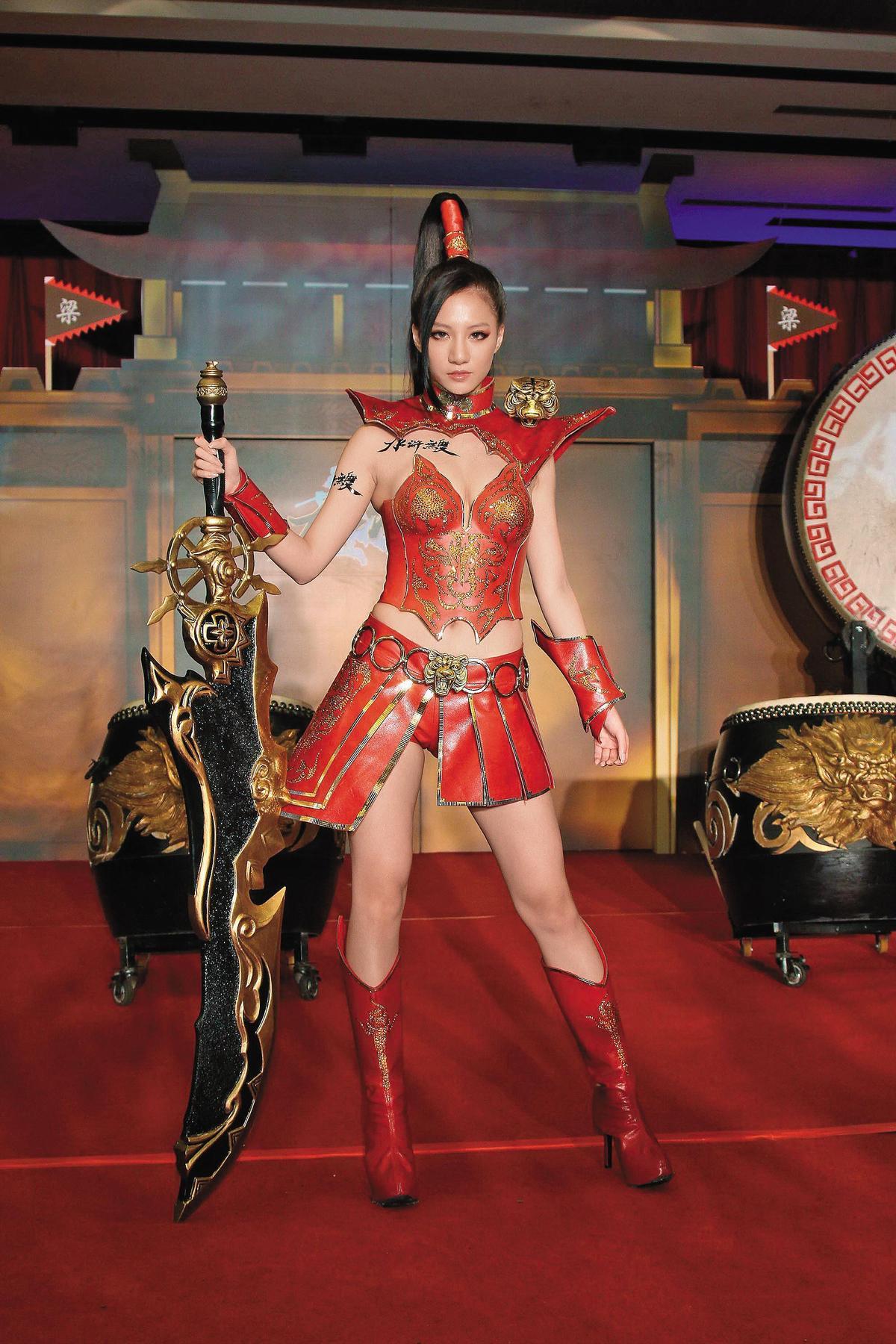 林采緹以cosplay聞名出道,靠著姣好身材,擁有大批宅男粉絲。(東方IC)
