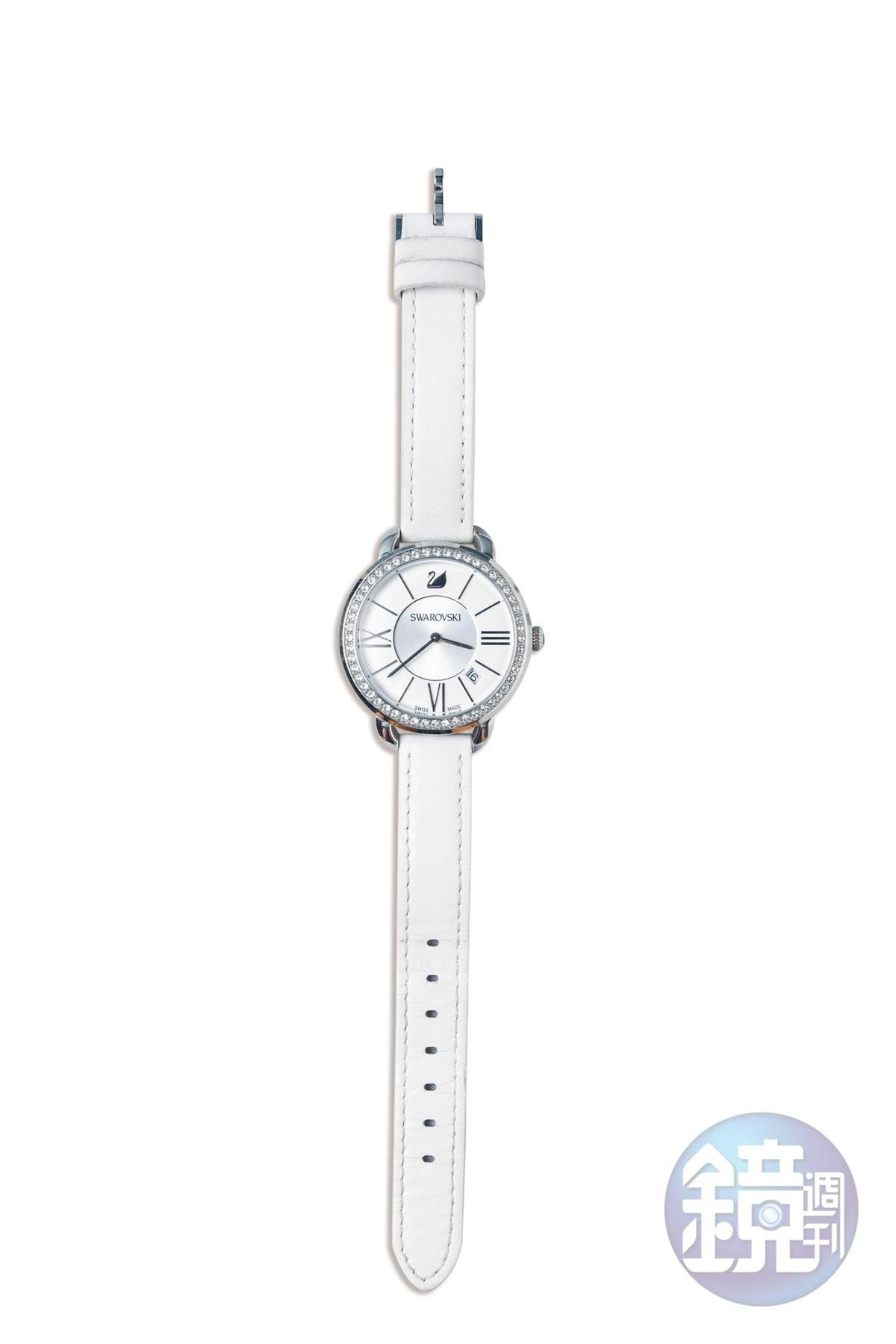 SWAROVSKI手錶。媽媽送的母親節禮物