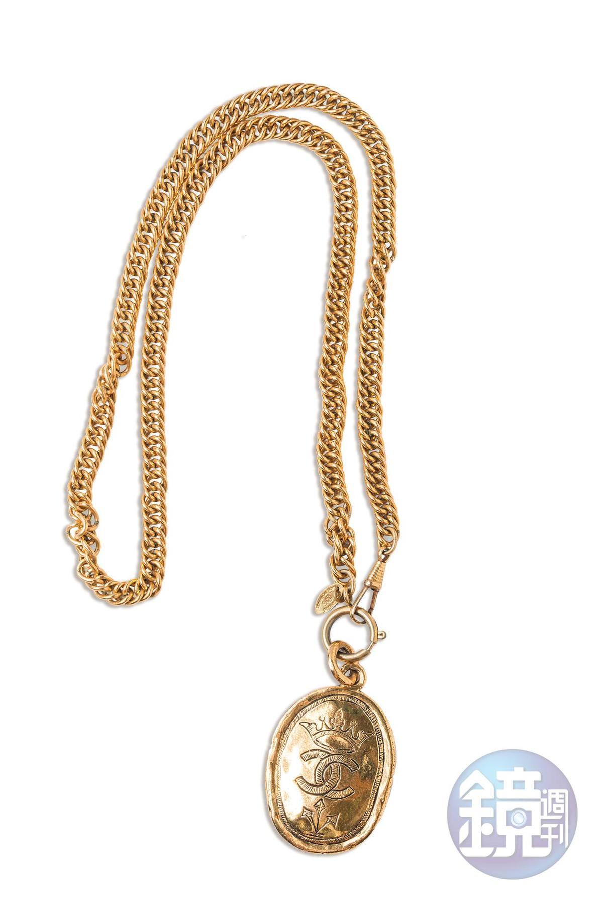CHANEL古董項鍊。約NT$11,000