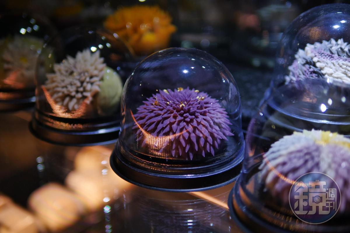 「上生菓子」經典花朵造型,在這兒都能變出新花樣。