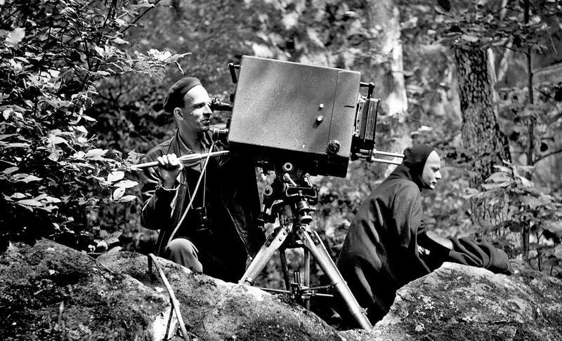 電影透過柏格曼生前親友與共事者的訪談,整理了他爭議的一面;但他的爭議、搖擺與矛盾,也是本片最有意思的地方。(佳映提供)