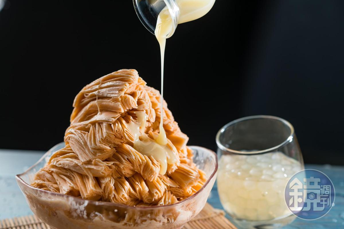 以泰國紅茶加煉乳製成的「泰4奶茶」,不會過甜,白珍珠以蜂蜜調味,嚼來帶點蜜香。(100元/份)
