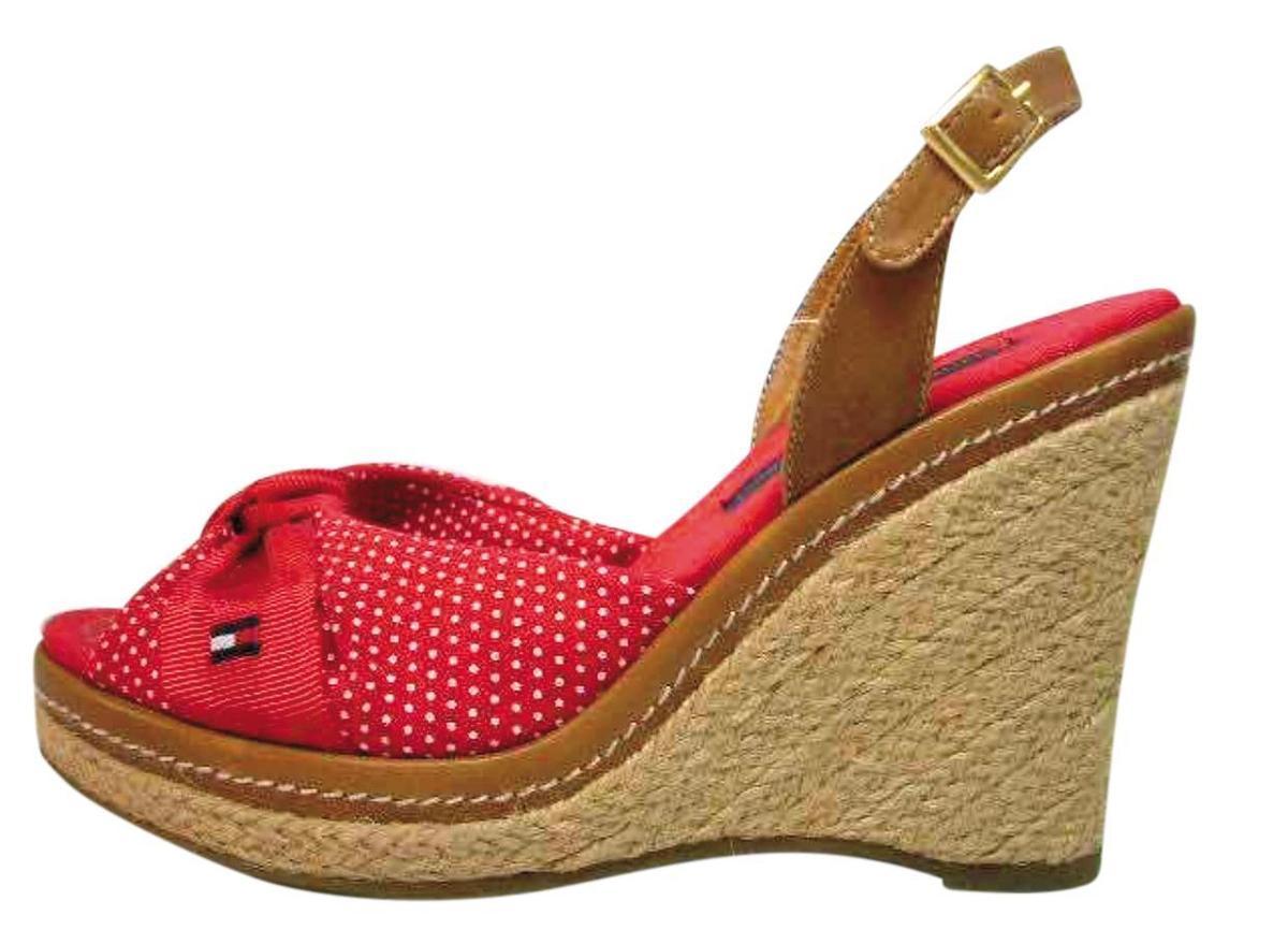 Tommy Hilfiger是吳景亮主要的女鞋客戶之一。(吳景亮提供)