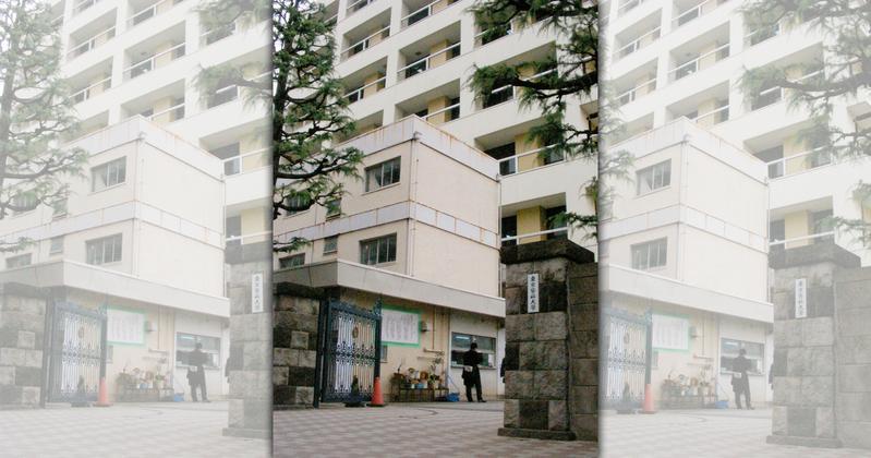 東京醫科大學為減少醫學系女性合格人數,將女性考生一律扣分。(東方IC)