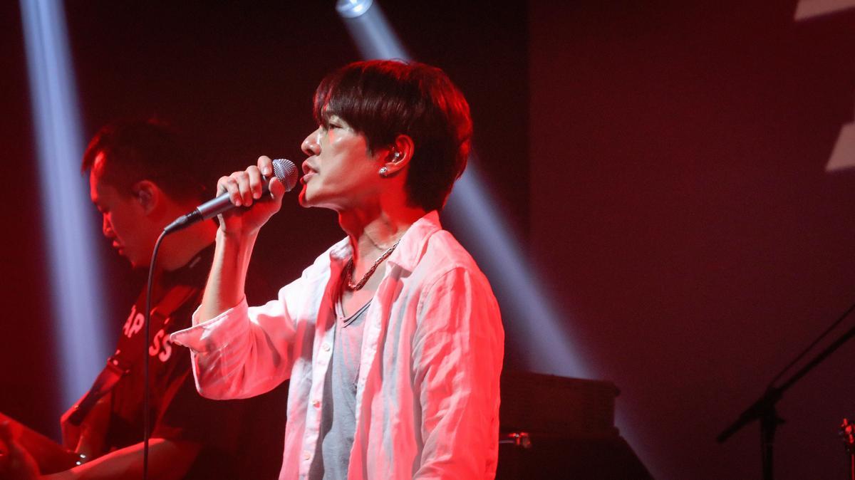 雖說是資深樂團,四分衛仍舊活躍於台灣(甚至世界)音樂演出,5日也將登上台北小巨蛋超犀利趴舞台開唱(相信音樂提供)