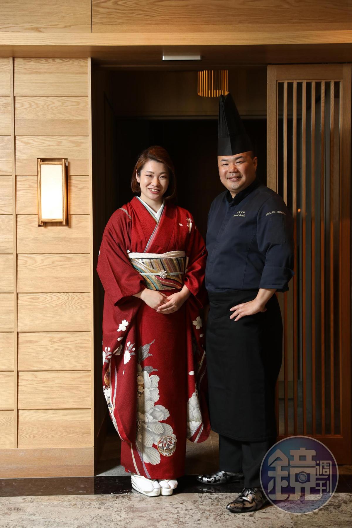 吉田純一(右)與太太七奈子共同來台打理開幕事宜。
