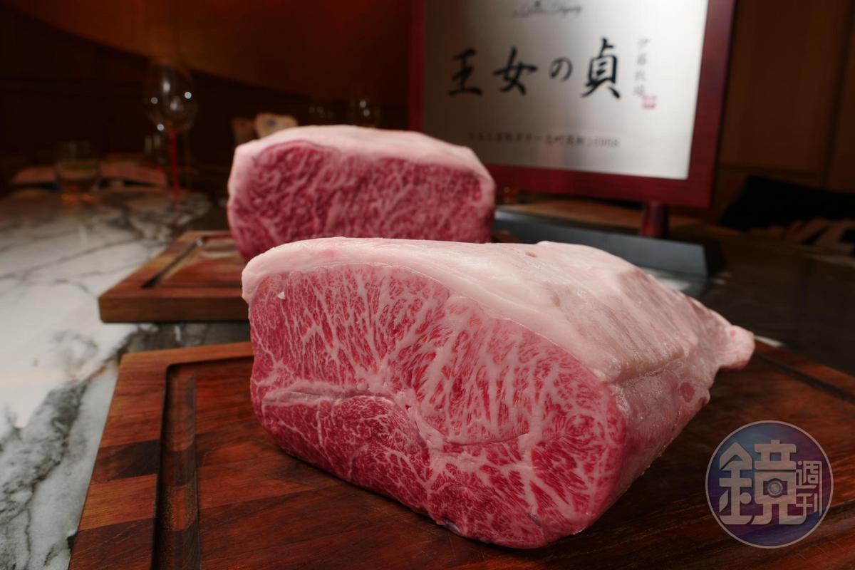 松阪伊藤牛的霜降油花細緻動人。