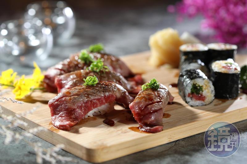 「近江牛炙燒壽司」可飽嚐腿肉飽滿濃郁的氨基酸甘美。(680元/份)