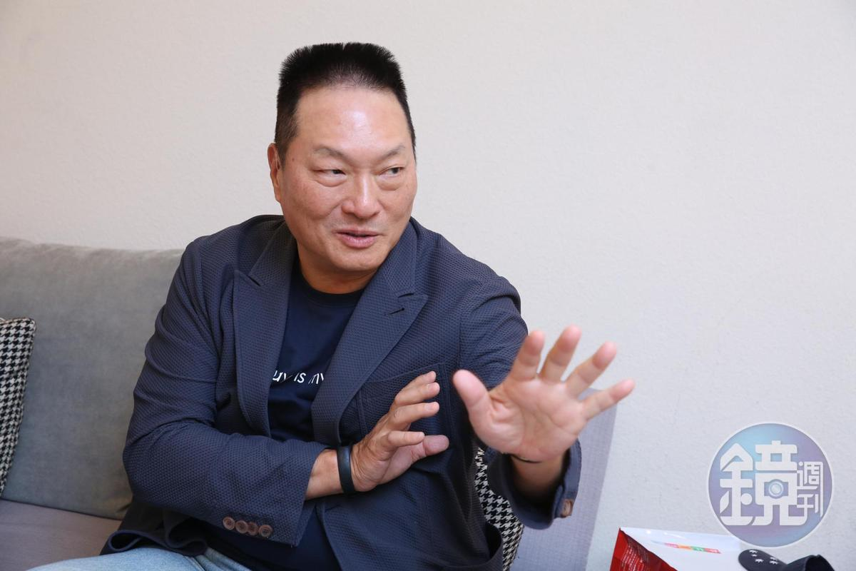 王令麟希望能給台灣年輕人一點機會、一個舞台。