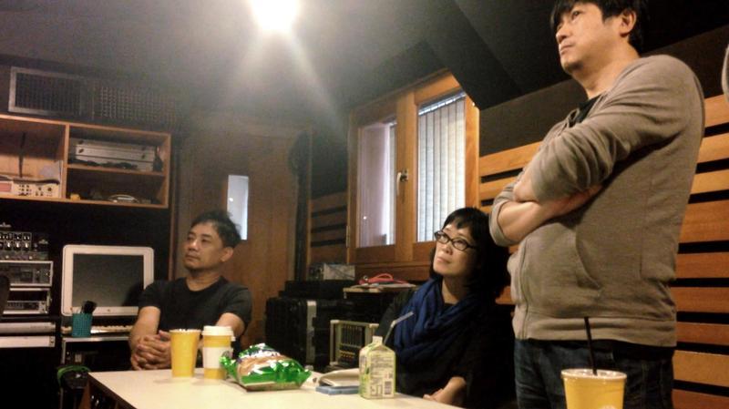 導演蕭雅全(左起)與電影配樂雷光夏、侯志堅工作默契十足。(積木影像提供)