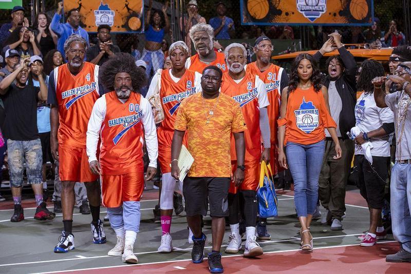 一群籃球名人堂的殿堂級大神客串演出,在戲裡參加街頭籃球比賽。(車庫提供)