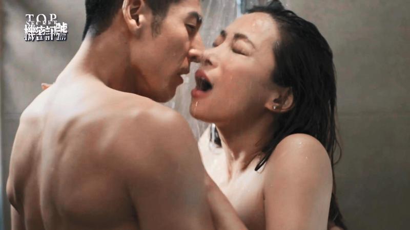 之前張東晴的演藝作品就有大膽演出,像是《機密訊號》中跟郭鑫有激情戲。