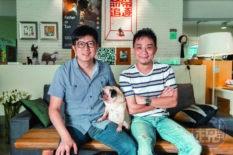 蕭雅全(右)與侯志堅(左)是高中同學,也是長期的合作拍檔。