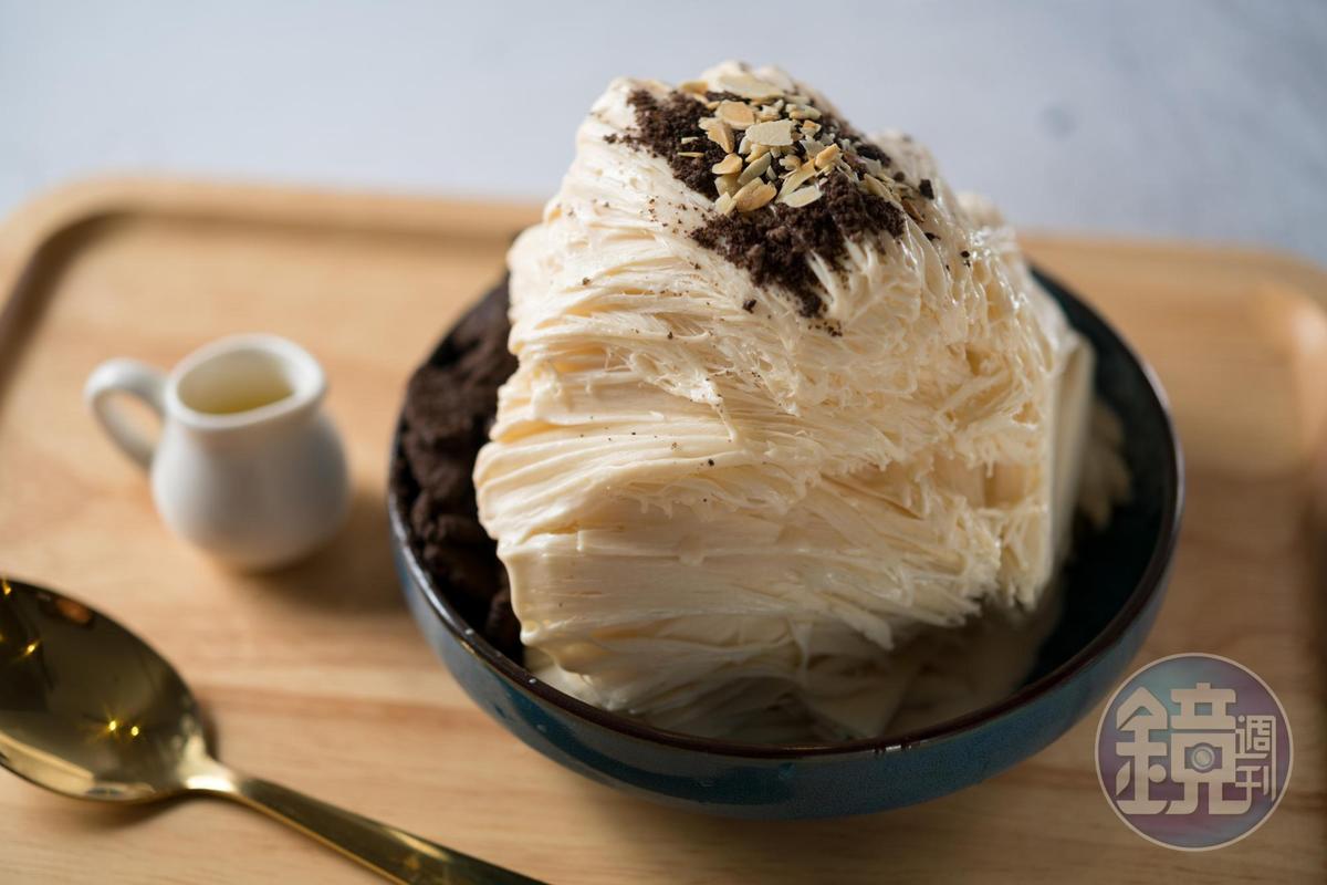 「花生黑炫風」吃得到濃郁花生香,Oreo碎能增加甜味。(130元/份)