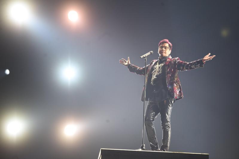 譚詠麟將成為「台北小巨蛋歷來個人演唱會最高年級的藝人」、「台北小巨蛋史上最高資歷的華人流行音樂歌手」,在歌壇地位仰之彌高。