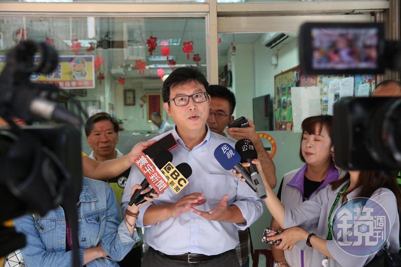 民進黨台北市長參選人姚文智臉書粉絲頁重新開啟,先前貼文全數刪除。