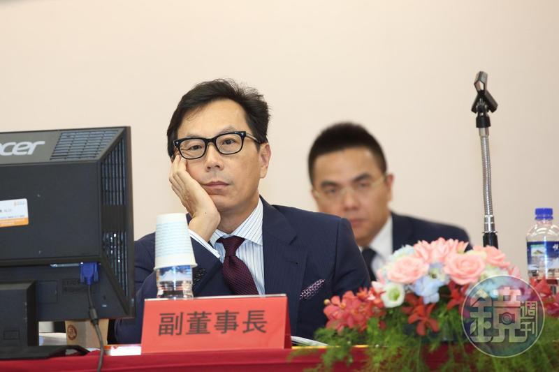 蔡明忠在富邦金將不能做決策,否則會丟掉富邦金副董一職。
