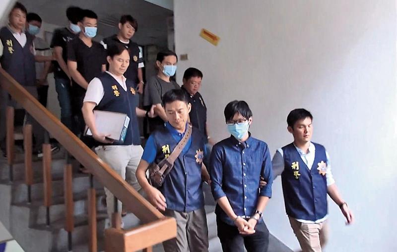 檢警破獲台北台中二個協會,利用民眾愛心賺取暴利後,卻將善款中飽私囊。(翻攝畫面)