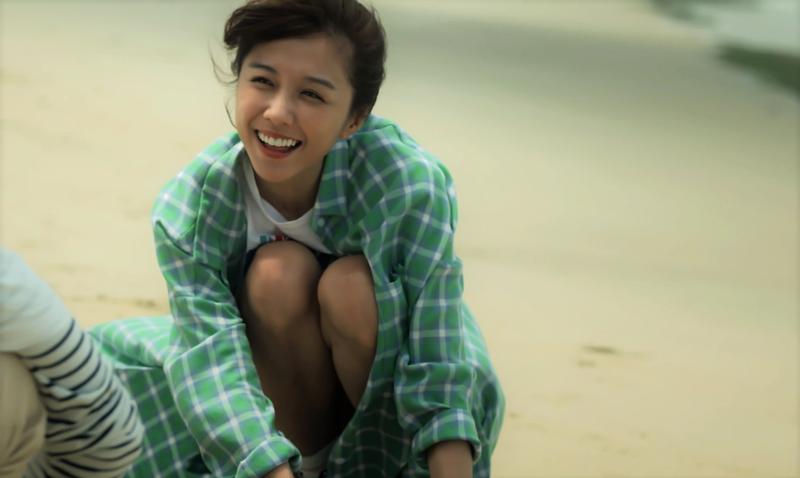 邵雨薇的浪漫海邊約會戲,害她差點因貧血昏倒。(東森提供)