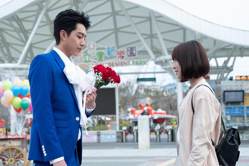 蔡凡熙在電影中被美女圍繞,卻自爆現實生活中桃花運不好。(群星瑞智提供)