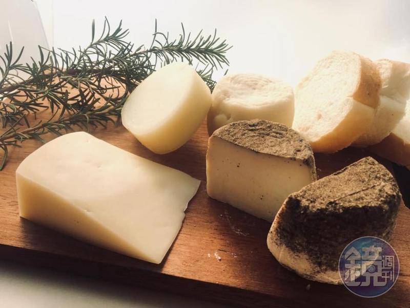 飛牛牧場販售手工製作起司,由日本白糠酪惠舍起司工廠技術指導。