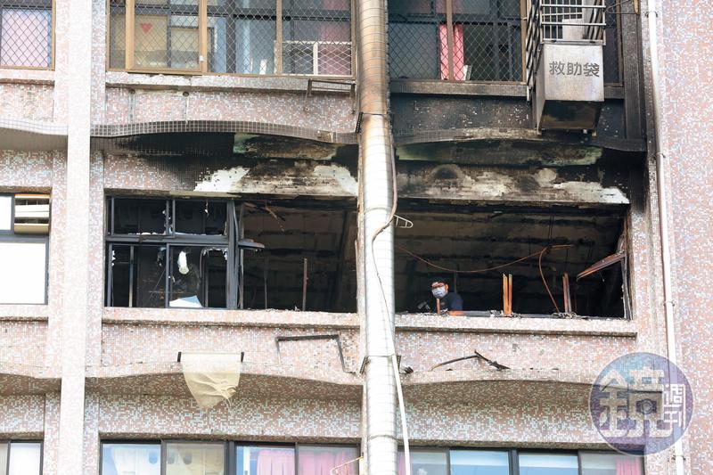 衛福部台北醫院7樓的安寧病房區發生火警,火勢延燒近1個小時,造成病房全毀。