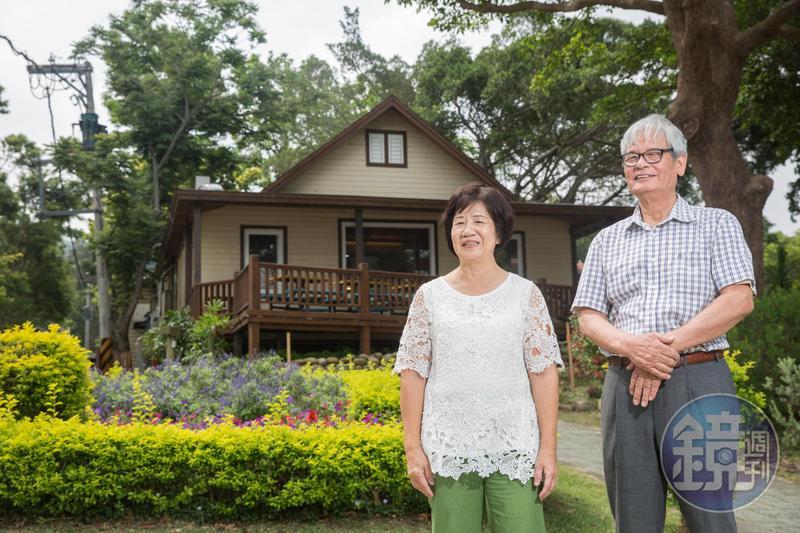 飛牛牧場主人施尚斌(右)創業過程中,妻子邱碧花扮演重要推手,私下搓合許多事情助丈夫圓夢。