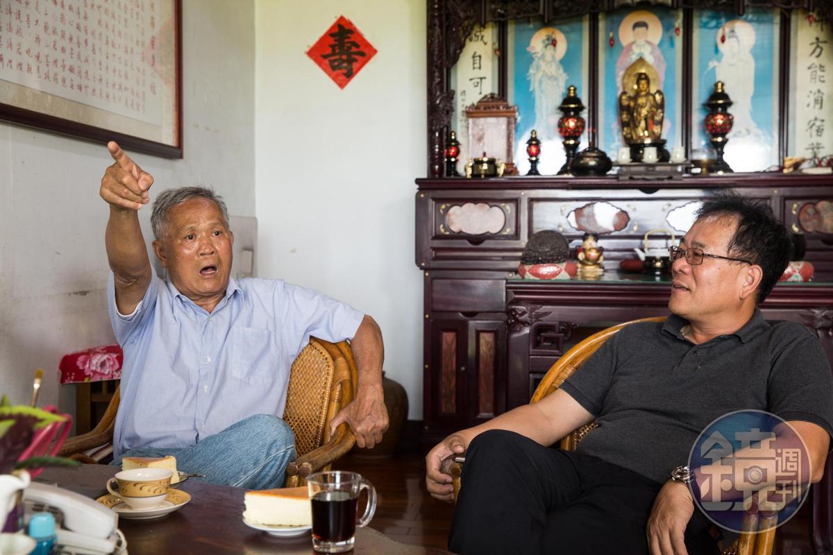 吳敦瑤(左)與長子吳明哲(右)聯手打造飛牛牧場,投入畢生心血。