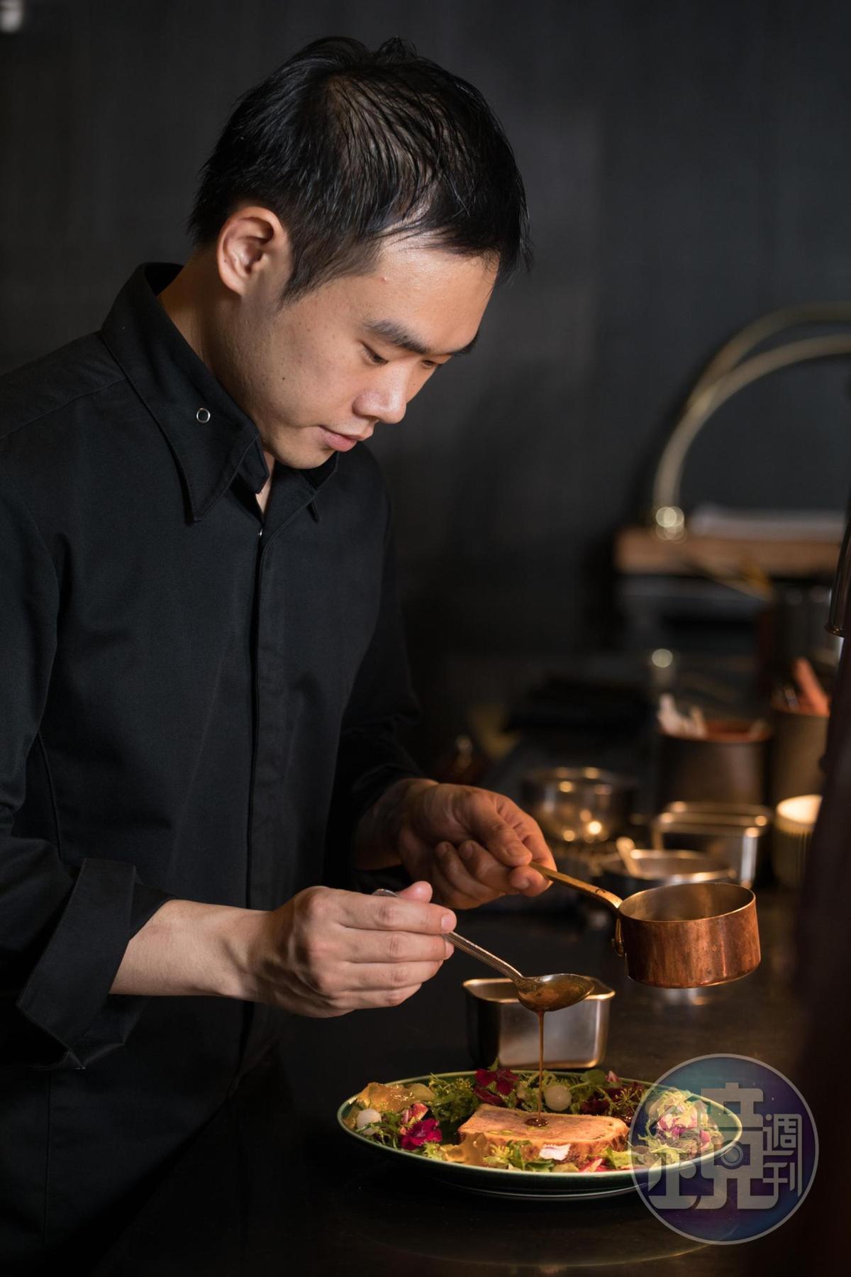「L'ARÔME 法式餐廳」主廚方柏儼設計菜單先思考蔬菜的滋味。