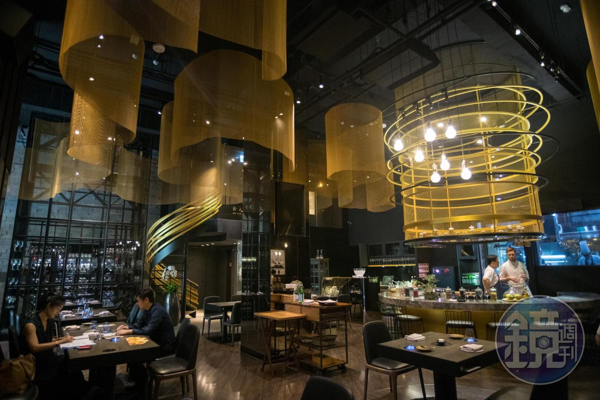 「Orchid Restaurant 蘭」經常舉辦各式主題餐會,帶來全新觀點的飲食意識。