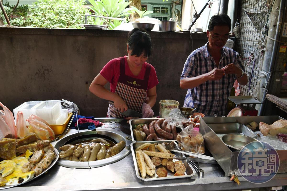 「裕民街香腸熟肉攤」雖無店名,卻屹立市場70年。
