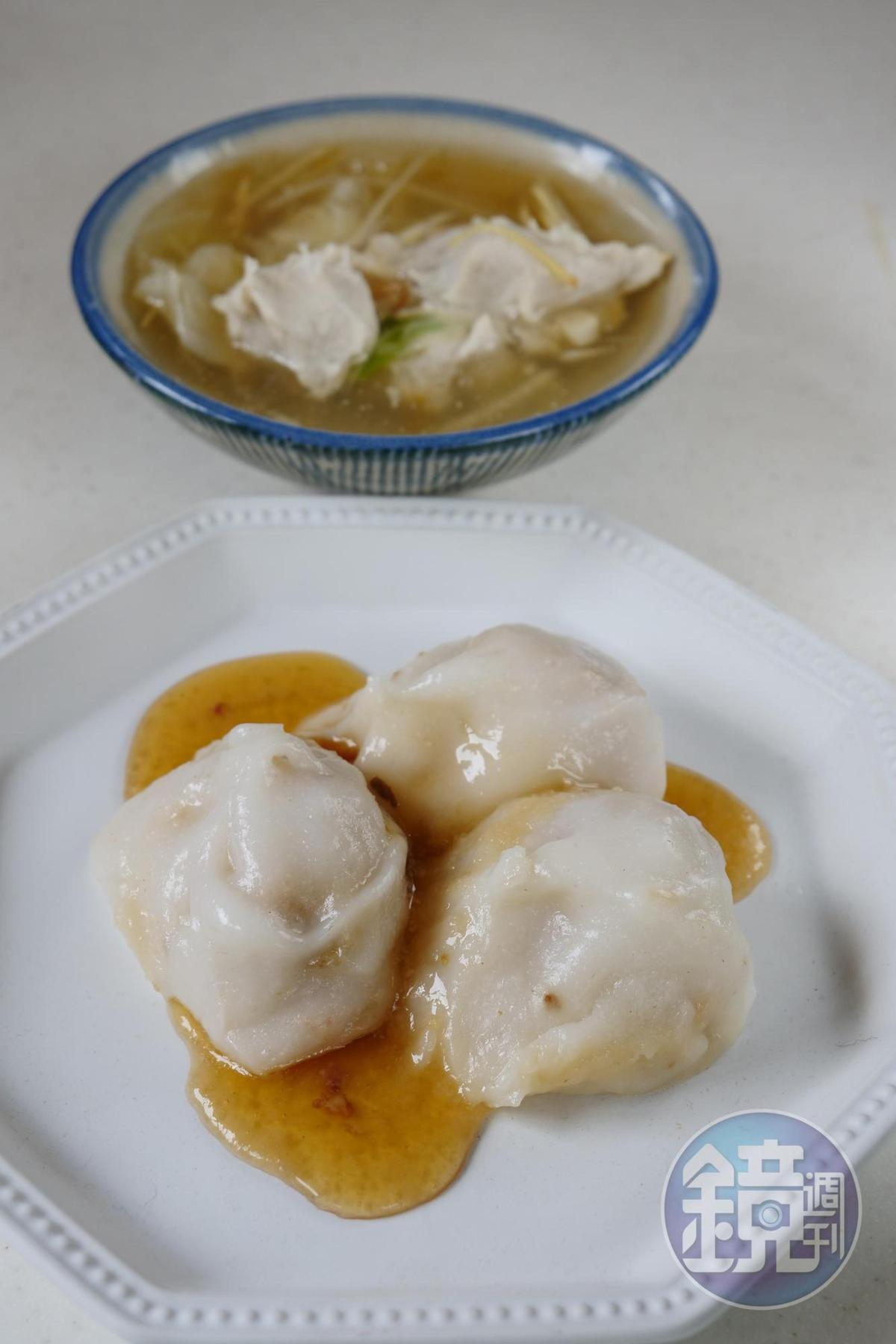 珠圓玉潤的肉圓和酸甜有致的浮水魚羹十分合味。(皆為35元/份)