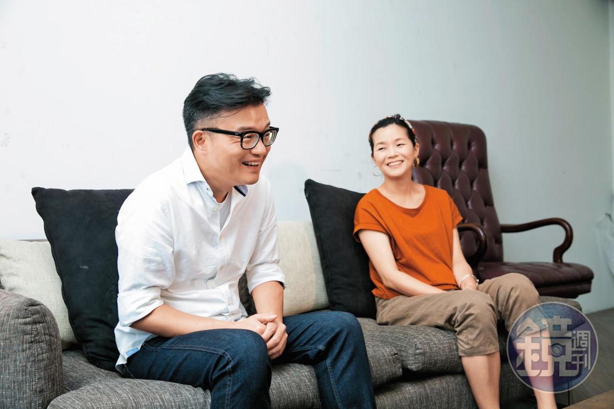 導演莊景燊(左)與編劇王莉雯是夫妻、也是多年的工作夥伴。
