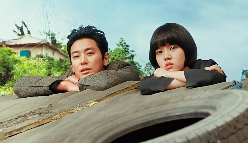 為趕上映,續集中超過2千個CG鏡頭,像朱智勛(左)、金香起這樣較簡單的畫面,金容華只能委外處理。(釆昌國際多媒體提供)