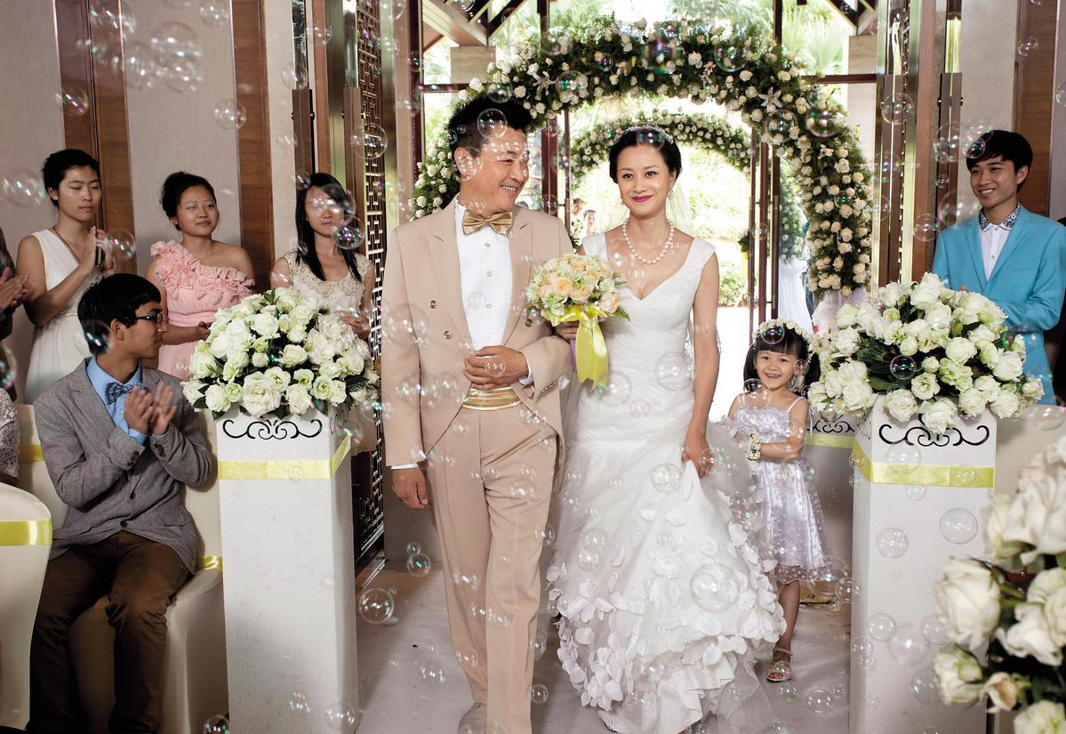 庹宗華(左)和倪虹潔(右)曾合作演出陸劇《第二次人生》,因戲結緣培養好感情。(東方IC)