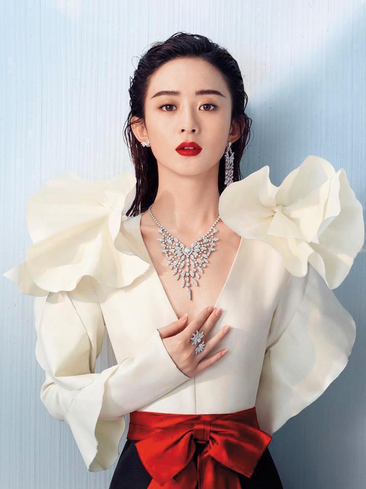 Hearts on Fire為全球知名鑽石品牌,代言人全是大咖明星,中國的代言人是當紅小花趙麗穎。(翻攝自Hearts on fire粉專)