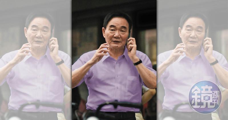 台商鄭文逸連日來欲訂機票前往日本,遭檢方質疑是想潛逃出境。