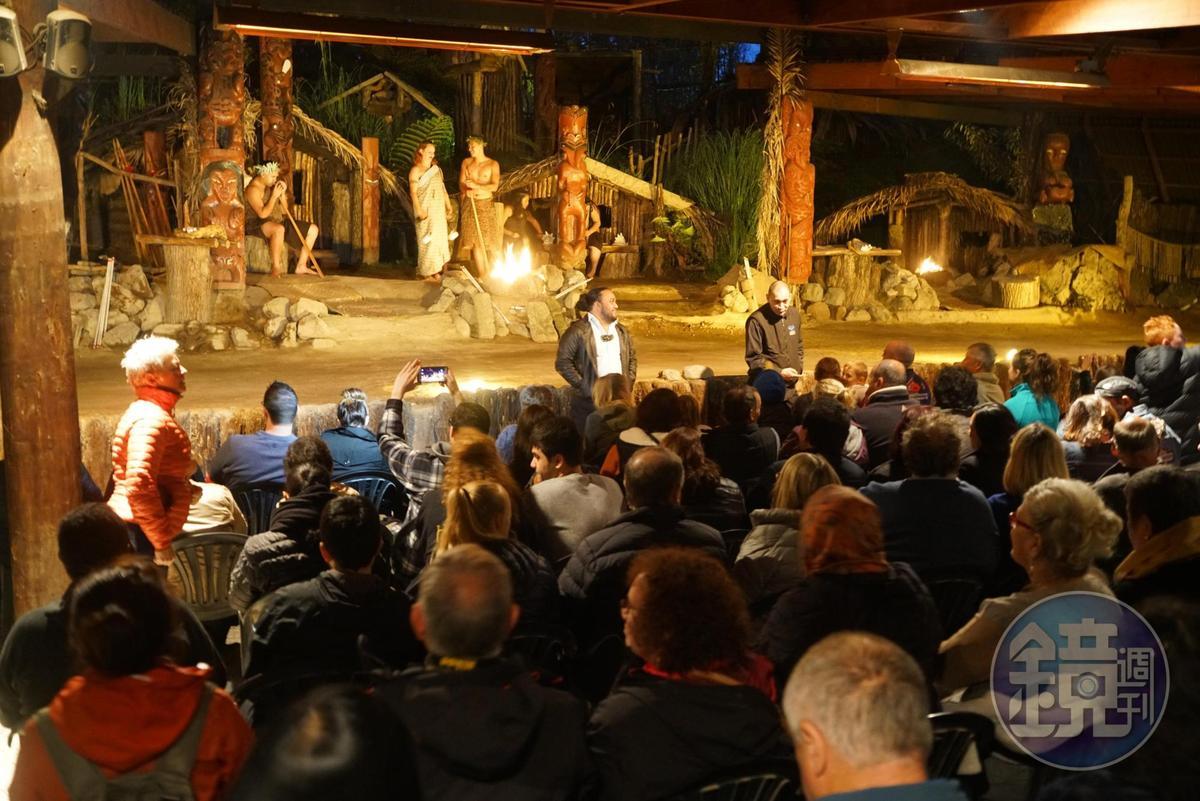 滿場觀眾來自世界各地。