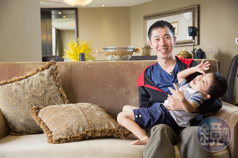 巫明帆成為專職投資人後,多了與孩子相處的時光。