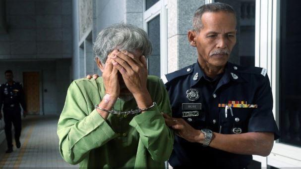 馬來西亞一名68歲老翁涉嫌性侵11個月大的女嬰,遭法官求處重刑。(翻攝自NTSP)
