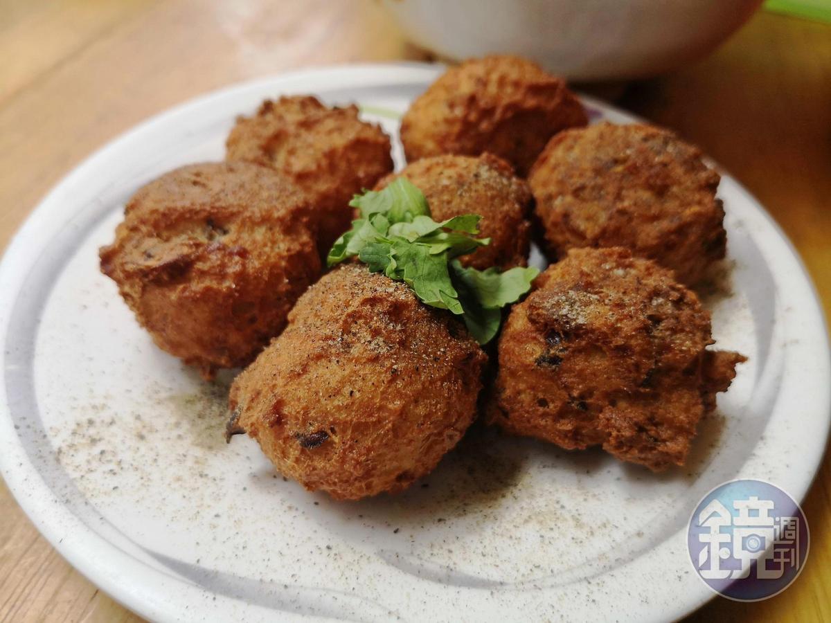 美味的「炸豆腐」以當地製的豆腐油炸而成。