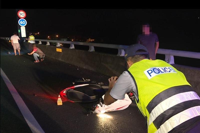 警方調查16歲林姓少年無照還逆上國道騎車,簡直玩命,肇事原因仍待釐清。(警方提供)